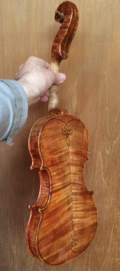 back of handmade 5-string fiddle